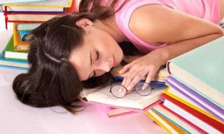 US Teens Sleep-Deprived, Stressed