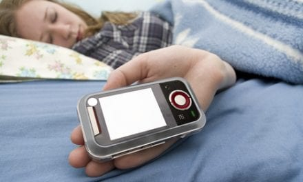 Doctors: Sleep Texting Becoming More Prevalent