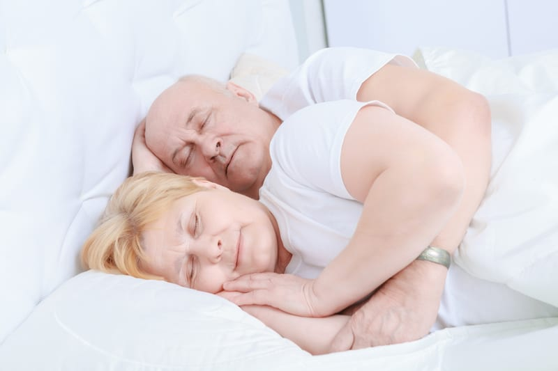 Despite Sleeping Less, Elderly Report Feeling More Awake During the Day