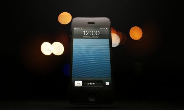 Does Apple's Night Shift Actually Help With Sleep?