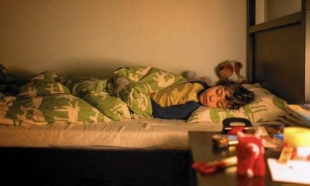 Bedtime Should Be the Same Time Year-round, Say Sleep Experts