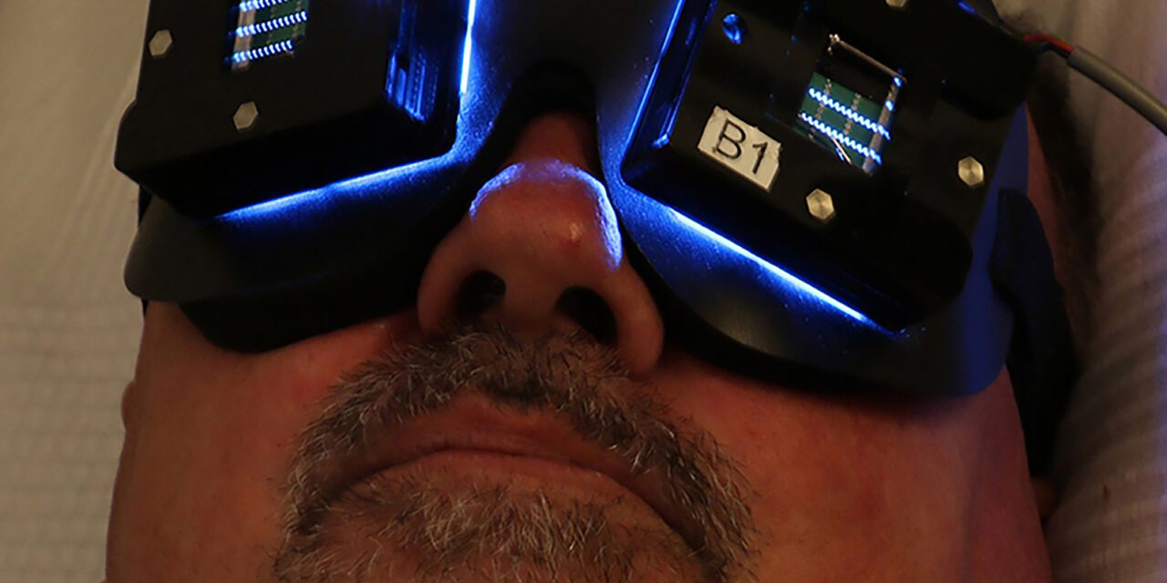 Researchers Test Sleep-Improving & Cognition-Boosting Light Treatments for Alzheimers